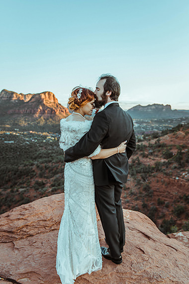Small wedding in Sedona, an elopement location featuring red rocks.